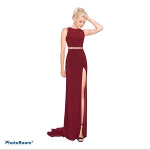 Mac Duggal Burgundy Maxi Prom 2012L Dress
